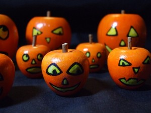 A Happy Group of Jack o' Lanterns